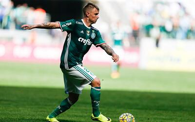 Palmeiras se mantiene a tres unidades del Flamengo.