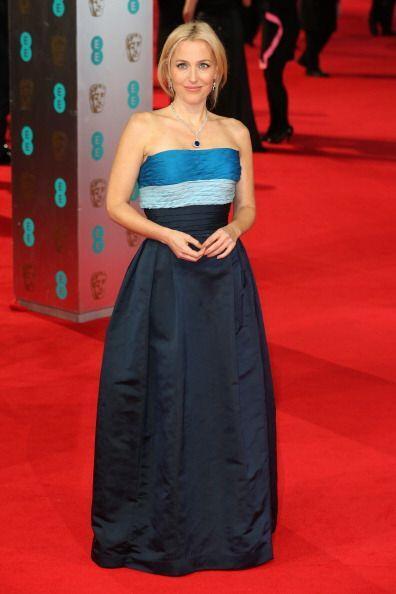 Para verse diferente en esta 'red carpet' la actriz estadounidense Gilli...