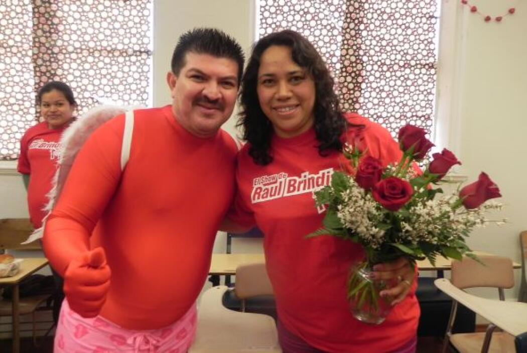 Caraturky y Gabriela se tomaron la foto del recuerdo con la camiseta del...