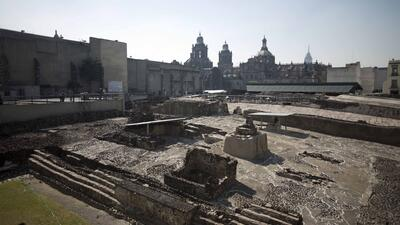 Hallan un pasillo en México que podría llevar a una tumba azteca tumb.jpg