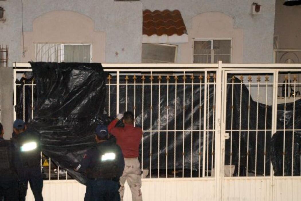 """En las primeras horas del sábado los """"sicarios llegaron en un convoy de..."""