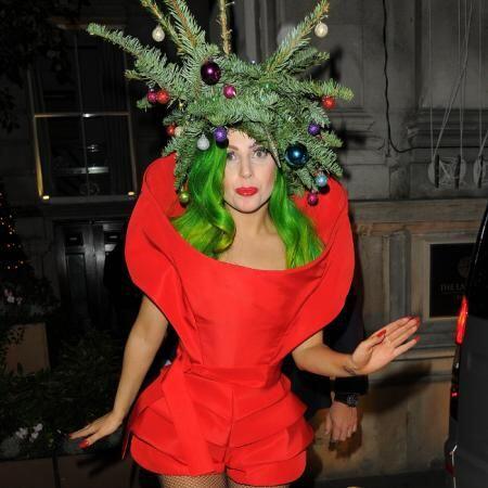 Ya no nos espanta ver a Lady Gaga vestida así, al contrario, es entreten...