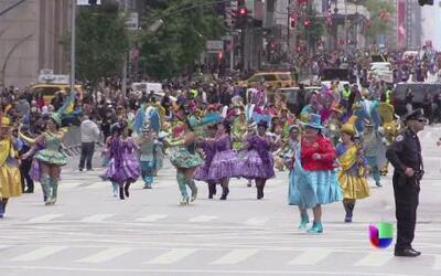 Conmemorativo desfile de Mes de la Hispanidad