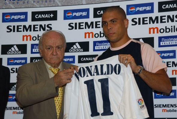 Llevó al Madrid a conquistar cinco Copas de Europa, una Copa Intercontin...