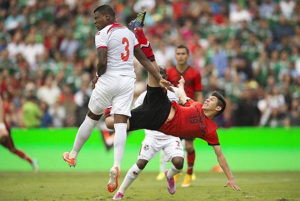 Oribe Peralta tendría pocas oportunidades desde su entrada al campo, un...
