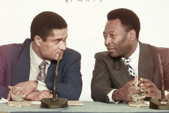 Dos colosos del balompie de todos los tiempos, Pelé y la ´P...