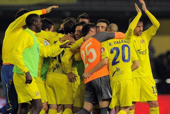 Villarreal dio vuelta al resultado en un duelo lleno de goles y emoción,...