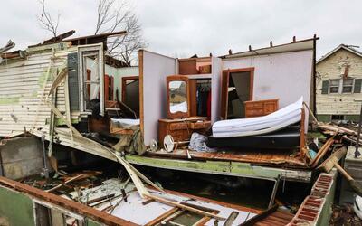 Uno de los devastadores efectos de un tornado que pasó por Texas...