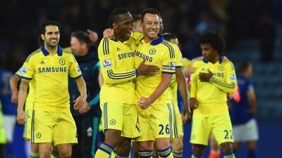 Drogba y Terry anotaron en la victoria londinense sobre Leicester.
