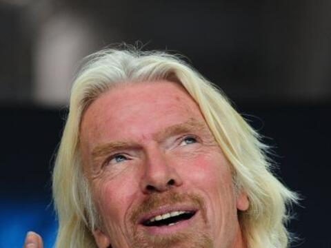 El excéntrico multimillonario británico Richard Branson inauguró el pasa...