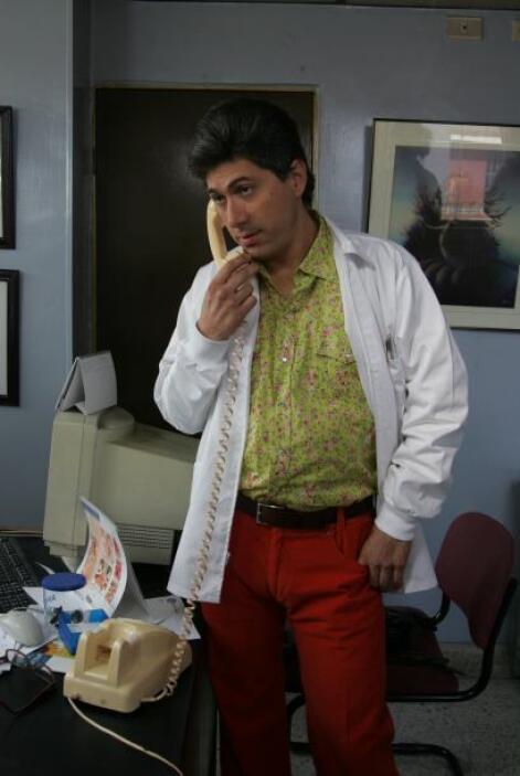 Juan Pablo Franco es el Dr. Mauricio. Gracias a él algunos bustos aument...