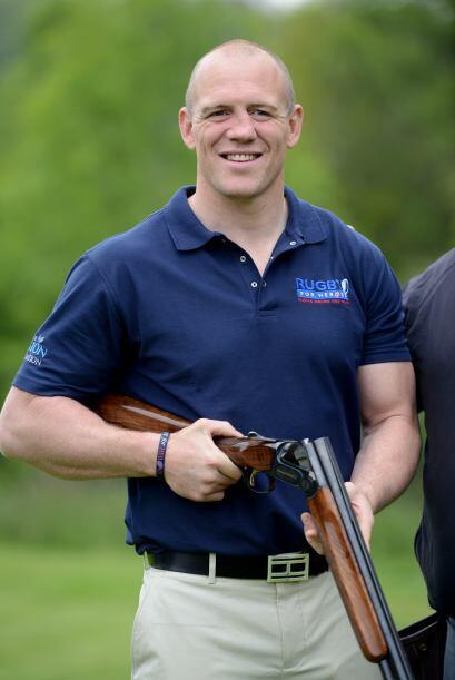Michael Tindall: Es un jungador inglés de rugby que juega como centro en...
