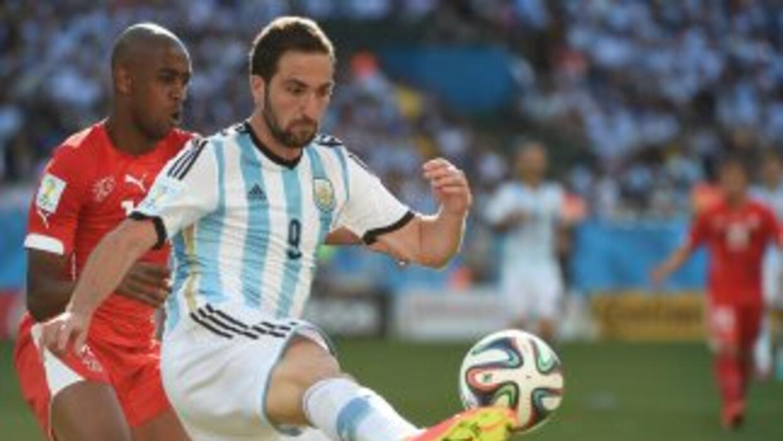 Higuaín reconoció que sufrieron con el conjunto helvético.