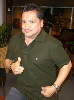 El puertorriqueño Luis Raúl te sacará una que otra...