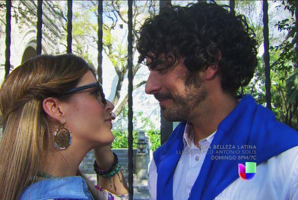 ¿Será que de aquí nace un nuevo amor? ¿Se olvidará de Armando?