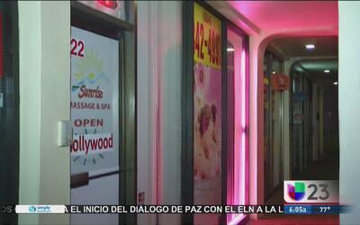 Arrestan a decenas de mujeres por ofrecer servicios sexuales en salones...