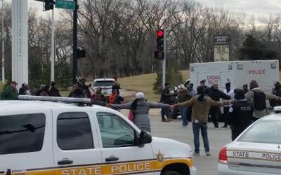 Una treintena de estudiantes marcharon por varias calles de la ciudad pi...