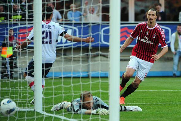El atacante sueco igualaba y los 'rossoneri' aún buscaban remontar.