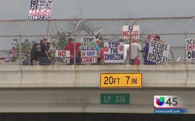Protesta contra inmigración ilegal