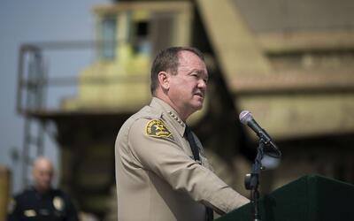 ¿Cómo saber cuál es la posición del sheriff Jim McDonnell sobre las medi...