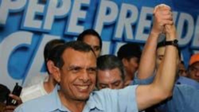 Porfirio Lobo busca gobernar Honduras 1566e50b77fd41779fb2e6caa6eb0c28.jpg