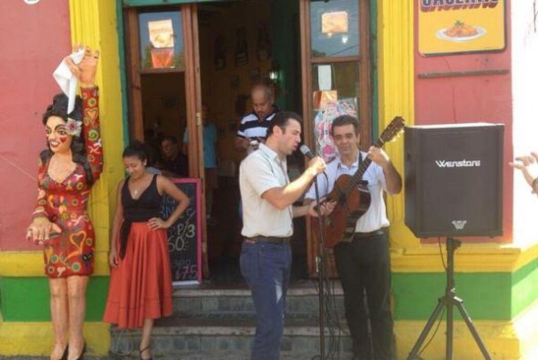 Él no fue el único que estuvo muy a gusto, ¿qué tal Alejandro Ávila cant...