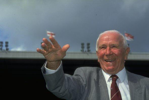 Este equipo er dirigido por Sir Matt Busby, quien marcó una época en el...