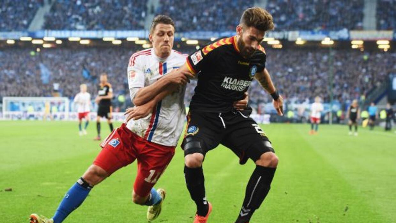 Karlsruhe se dejó igualar en casa durante la ida en la promoción hacia l...