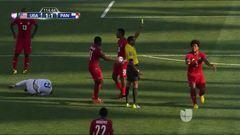 Tarjeta amarilla. El árbitro amonesta a Román Torres de Panamá