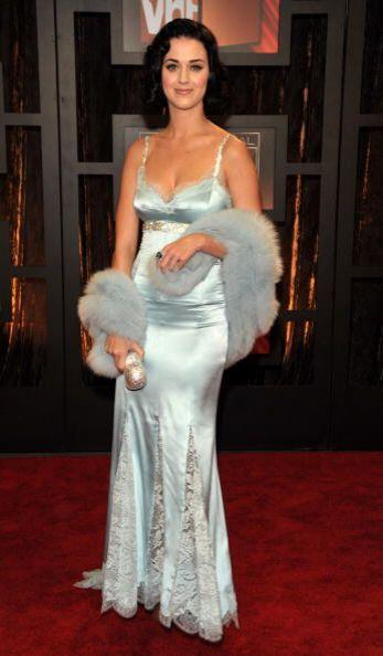 Consígue lucir elegante y sofisticada, como las mujeres de la década de...
