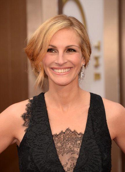 JULIA ROBERTS. La amplia sonrisa de esta guapa actriz la hizo que la ase...