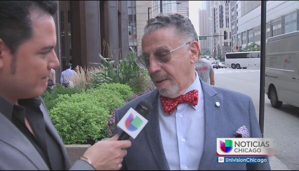 Auriespacio: el cineasta Alfonso Arau está en Chicago