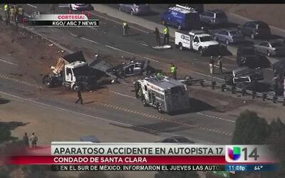Aparatoso accidente en autopista 17