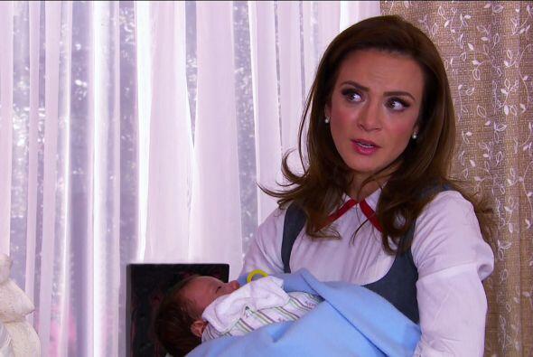 """Nuestra """"Ana"""" es una bilingüe profesional."""