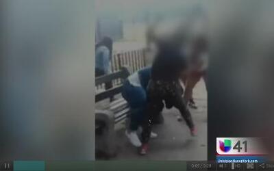Policía investiga vídeo viral de golpiza a joven