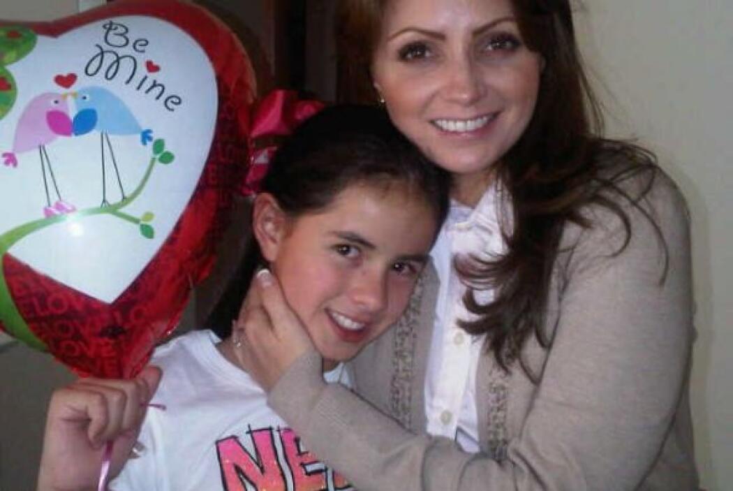 Con él tuvo tres hijas: Sofía,  Fernanda y Regina.