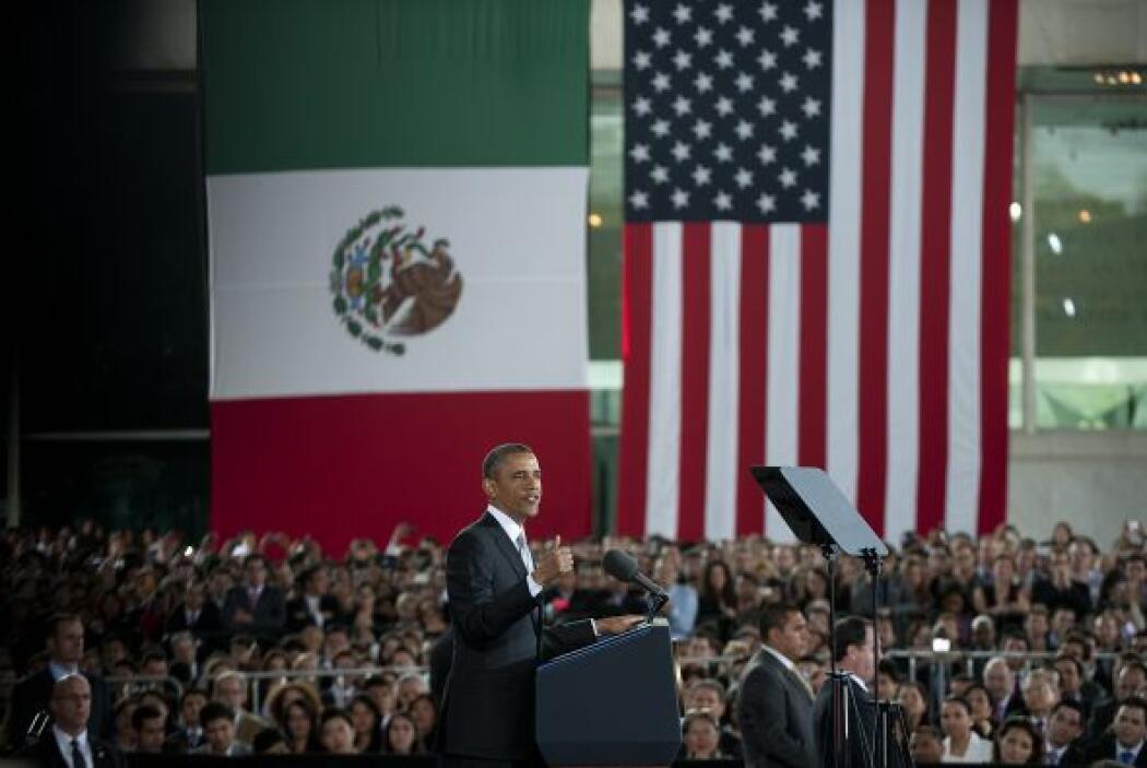 Antes de partir de México, Obama dirigió un mensaje a jóvenes estudiante...