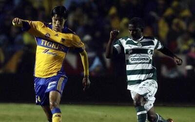 Hugo Ayala quiere que Tigres despierte ante Santos