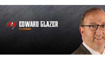 Glazer es co-director de los Bucaneros de la NFL.