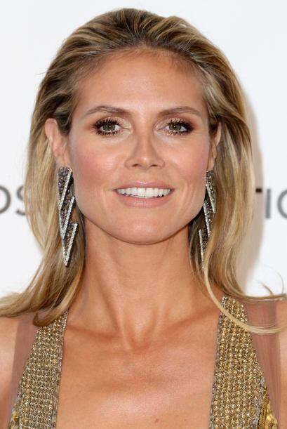 Para las pieles bronceadas como Heidi Klum, los ojos dorados te quedarán...