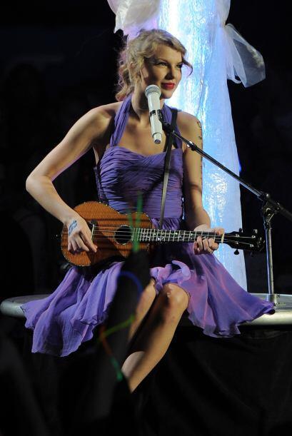 TAYLOR SWIFT- Su música country ya se escucha en varias partes del mundo...