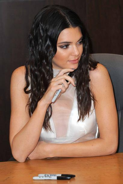 Resulta que la modelo de alta costura Kendall Jenner.