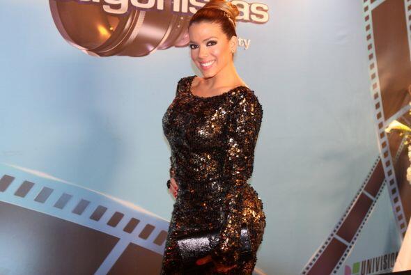 Danella, presentadora de Tómbola extra, desfiló por la alfrombra roja.