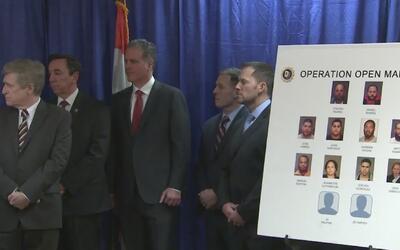 Autoridades dan duro golpe al narcotráfico tras arrestar a decenas de pe...