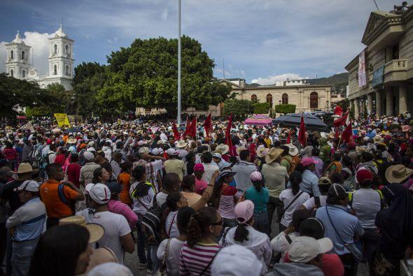 En esa localidad miles de personas se congregaron para protestar.