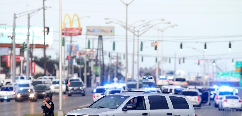 Fotos de Noticias policias%20despue%CC%81s%20del%20shooting.jpg