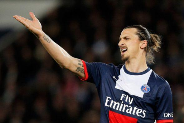9. ZLATAN IBRAHIMOVIC. Esta estrella sueca, jugador del París Saint-Germ...