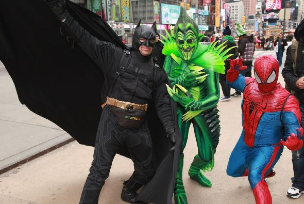 """Otro hombre vestido como """"spiderman"""" fue arrestado en febrero pasado des..."""