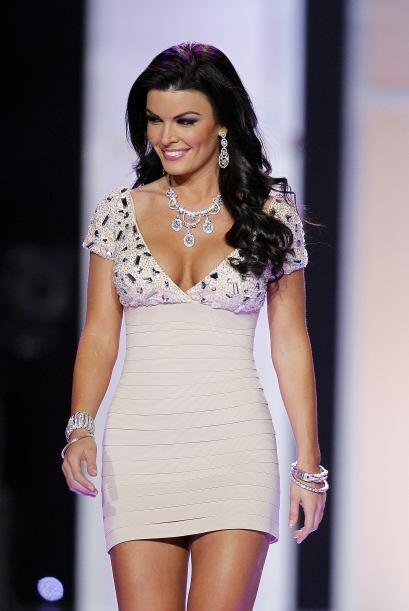 Sheena declaró que su compañera en el certamen, Karina Brez, Miss Florid...