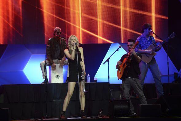 Con su música pusieron a bailar a los asistentes.